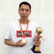 上海市驾校教练员王俊